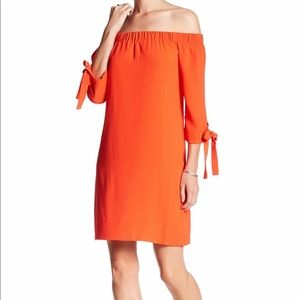 Vince Camuto NWT off the shoulder dress